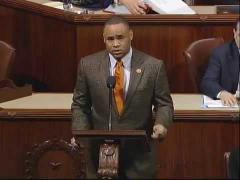 ep. Veasey Pays Tribute to Former Fort Worth Mayor Pro Tem Louis Zapata